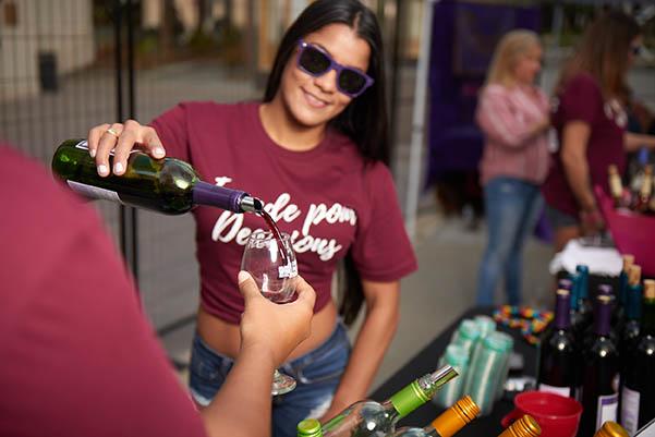 orlando wine festival 2019 pour